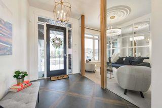 Photo 2: 692 Howatt Drive in Edmonton: Zone 55 House for sale : MLS®# E4266434