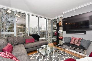 "Photo 3: 1307 950 CAMBIE Street in Vancouver: Yaletown Condo for sale in ""PACIFIC PLACE LANDMARK 1"" (Vancouver West)  : MLS®# R2028086"