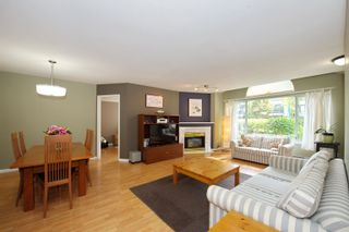"""Photo 5: 5 3701 THURSTON Street in Burnaby: Central Park BS Townhouse for sale in """"THURSTON GARDENS"""" (Burnaby South)  : MLS®# R2615333"""