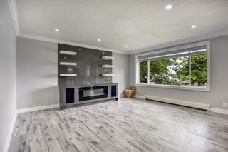 Photo 3: 11854 97A Avenue in Surrey: Royal Heights House for sale (North Surrey)  : MLS®# R2547105
