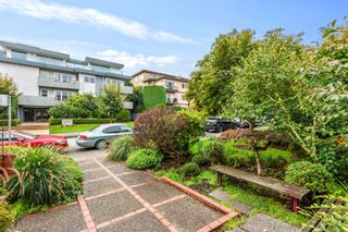 """Photo 20: 307 2025 W 2ND Avenue in Vancouver: Kitsilano Condo for sale in """"THE SEABREEZE"""" (Vancouver West)  : MLS®# R2620558"""