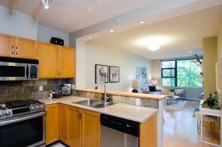 "Photo 1: 320 2263 REDBUD Lane in Vancouver: Kitsilano Condo for sale in ""TROPEZ"" (Vancouver West)  : MLS®# R2403454"