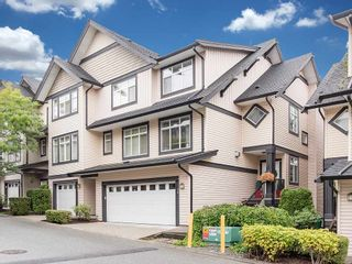 """Photo 1: 24 19932 70 Avenue in Langley: Willoughby Heights Townhouse for sale in """"SUMMERWOOD"""" : MLS®# R2308765"""