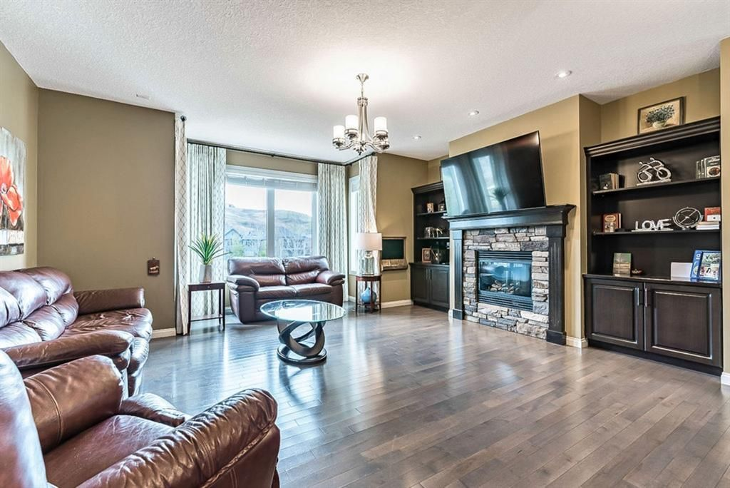 Photo 12: Photos: 72 Cranbrook Heights SE in Calgary: Cranston Detached for sale : MLS®# A1105486