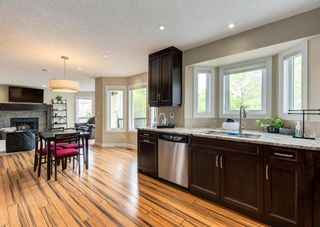 Photo 12: 86 Wood Valley Drive SW in Calgary: Woodbine Detached for sale : MLS®# A1119204