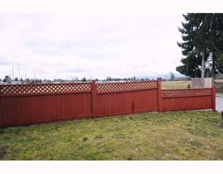 Photo 9: 23605 DEWDNEY TRUNK RD in Maple Ridge: Condo for sale : MLS®# V757687