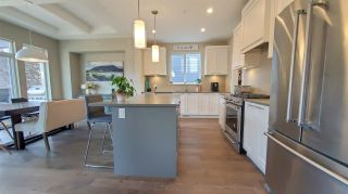 """Photo 3: 39260 CARDINAL Drive in Squamish: Brennan Center House for sale in """"Brennan Center"""" : MLS®# R2545288"""