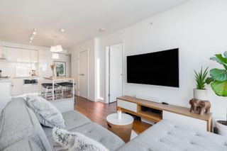 Photo 3: 1106 188 KEEFER STREET in Vancouver: Downtown VE Condo for sale (Vancouver East)  : MLS®# R2612528