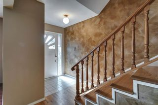 Photo 8: 15 42 Street SW in Calgary: Wildwood Detached for sale : MLS®# A1122775