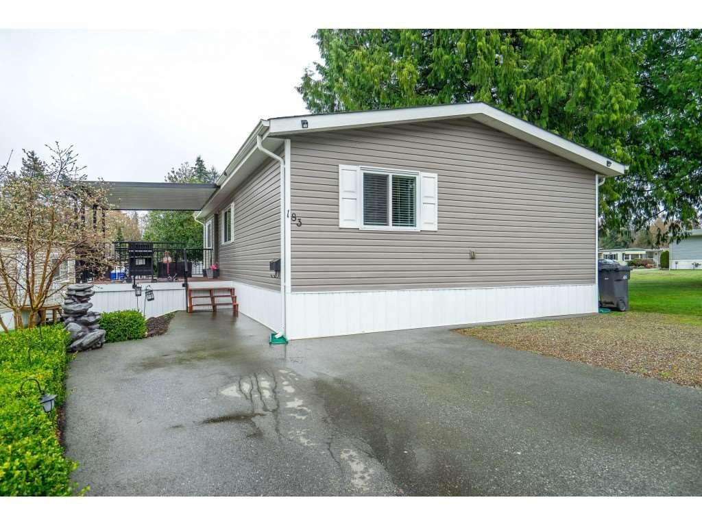 "Main Photo: 183 7790 KING GEORGE Boulevard in Surrey: East Newton Manufactured Home for sale in ""Crispen Bays"" : MLS®# R2555567"