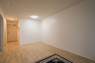 """Photo 3: 209 707 EIGHTH Street in New Westminster: Uptown NW Condo for sale in """"THE DIPLOMAT"""" : MLS®# R2522949"""