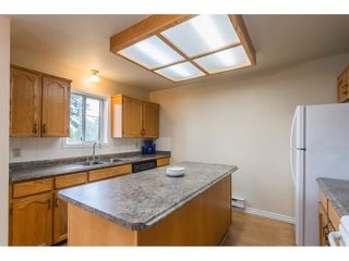 """Photo 5: 12 32821 6 Avenue in Mission: Mission BC Townhouse for sale in """"Maple Grove Manor"""" : MLS®# R2593158"""