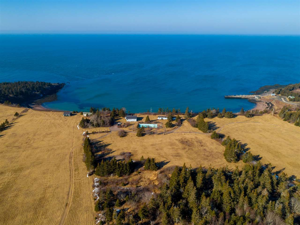 Main Photo: 103 champlain Road in Sandy Cove: 401-Digby County Residential for sale (Annapolis Valley)  : MLS®# 202001956