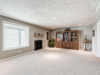 Photo 38: 54 Signature Close SW in Calgary: Signal Hill Detached for sale : MLS®# A1124573
