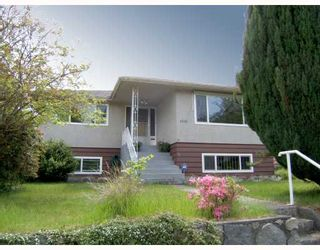 """Photo 1: 6060 INVERNESS Street in Vancouver: Knight House for sale in """"KNIGHT"""" (Vancouver East)  : MLS®# V713054"""