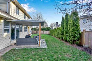 """Photo 7: 6219 189TH STREET Street in Surrey: Cloverdale BC House for sale in """"Eaglecrest"""" (Cloverdale)  : MLS®# R2549565"""