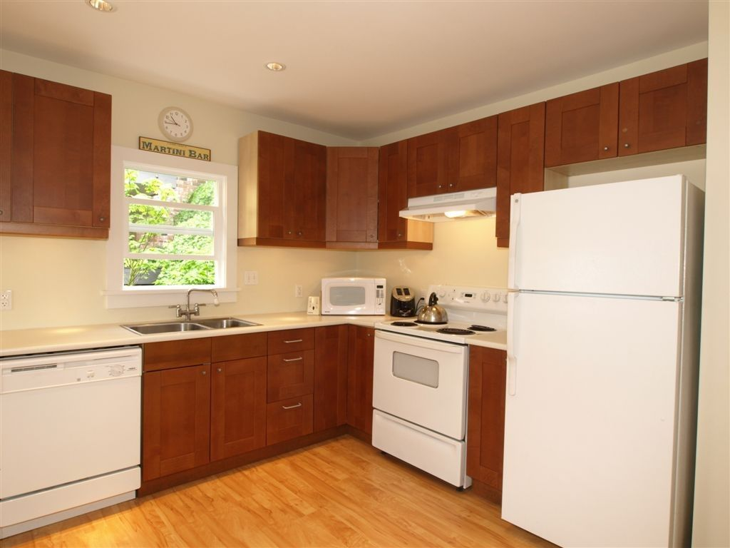 Main Photo: 2173 - 2175 CAMBRIDGE Street in Vancouver: Hastings Multifamily for sale (Vancouver East)  : MLS®# R2559253