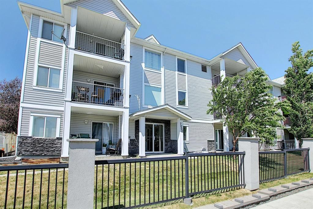 Main Photo: 205 7205 Valleyview Park SE in Calgary: Dover Apartment for sale : MLS®# A1123833