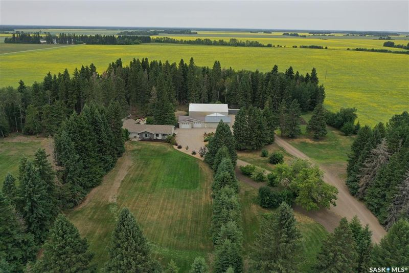 FEATURED LISTING: Helperl Acreage White Fox