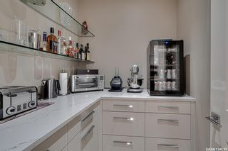 Photo 10: 201 404 Cartwright Street in Saskatoon: The Willows Residential for sale : MLS®# SK863521