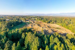Photo 2: 31050 HARRIS Road in Abbotsford: Bradner House for sale : MLS®# R2603934