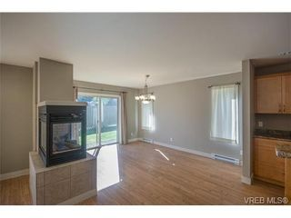 Photo 6: 3229 Ernhill Pl in VICTORIA: La Walfred Row/Townhouse for sale (Langford)  : MLS®# 713582