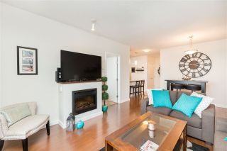 """Photo 7: 1803 280 ROSS Drive in New Westminster: Fraserview NW Condo for sale in """"THE CARLYLE"""" : MLS®# R2376749"""