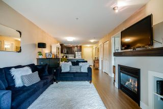 """Photo 9: 308 6500 194 Street in Surrey: Clayton Condo for sale in """"SUNSET GROVE"""" (Cloverdale)  : MLS®# R2416083"""