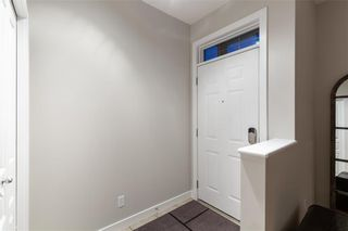 Photo 4: 1 3720 16 Street SW in Calgary: Altadore Row/Townhouse for sale : MLS®# C4306440