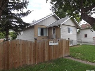 Photo 1: 325 3rd Street in Estevan: Eastend Residential for sale : MLS®# SK849942