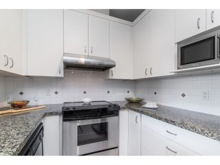 """Photo 17: 403 1581 FOSTER Street: White Rock Condo for sale in """"SUSSEX HOUSE"""" (South Surrey White Rock)  : MLS®# R2474580"""