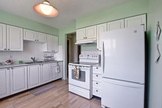 Photo 3: 2 2723 38 Street SW in Calgary: Glenbrook Apartment for sale : MLS®# A1115144