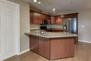Photo 4: 216 15211 139 Street in Edmonton: Zone 27 Condo for sale : MLS®# E4244901