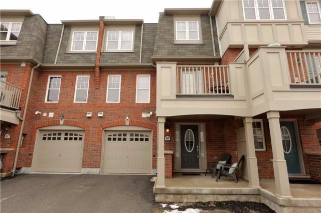 Main Photo: 809 Fowles Court in Milton: Harrison House (3-Storey) for sale : MLS®# W3740802