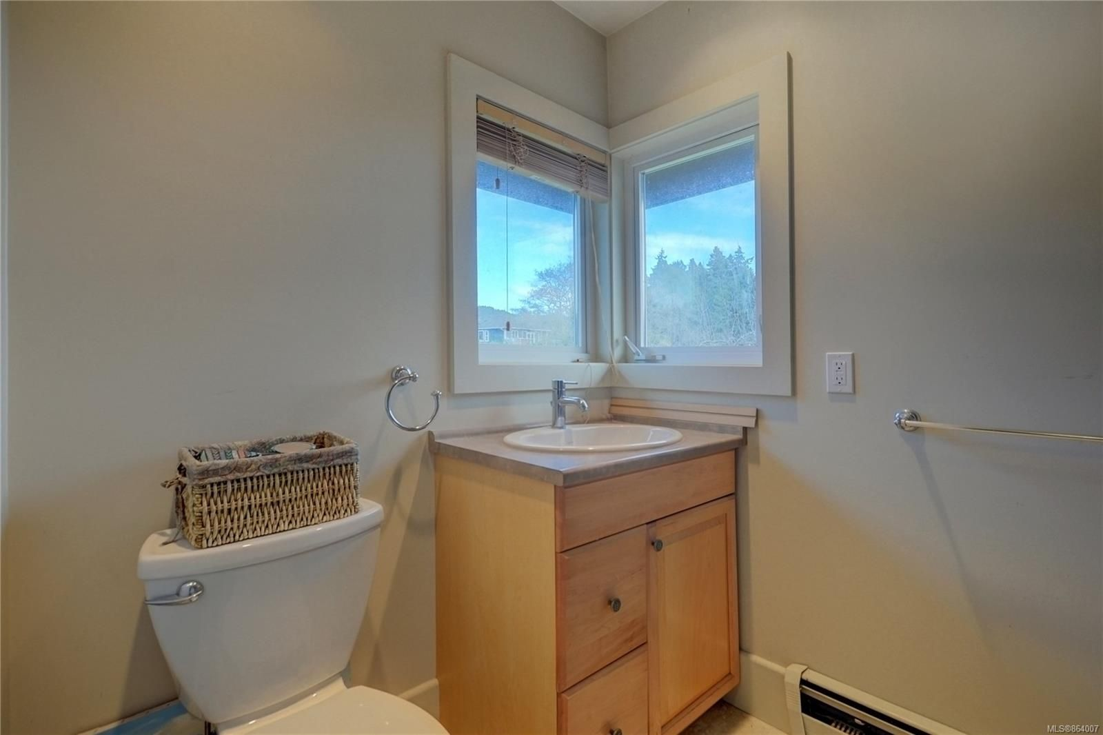 Photo 18: Photos: 5697 Sooke Rd in : Sk Saseenos House for sale (Sooke)  : MLS®# 864007