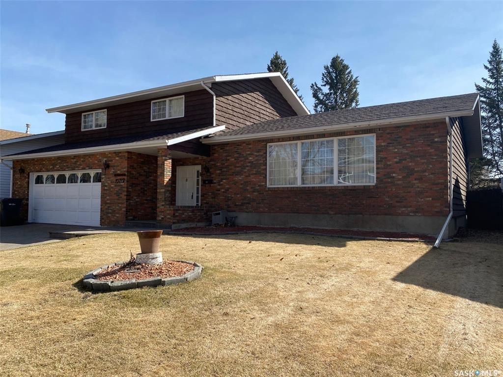 Main Photo: 10712 Meighen Crescent in North Battleford: Residential for sale : MLS®# SK839053