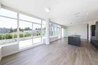 """Photo 7: 702 768 ARTHUR ERICKSON Place in West Vancouver: Park Royal Condo for sale in """"EVELYN - Forest's Edge PENTHOUSE"""" : MLS®# R2549644"""