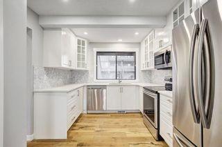 Photo 2: 207 4935 DALTON Drive NW in Calgary: Dalhousie House for sale : MLS®# C4147034