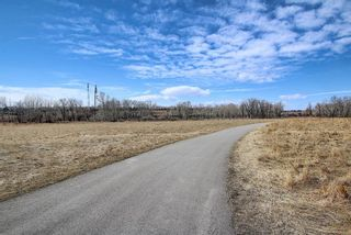 Photo 39: 444 Quarry Way SE in Calgary: Douglasdale/Glen Row/Townhouse for sale : MLS®# A1094767