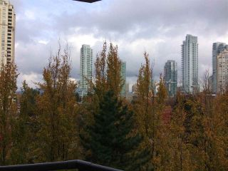"""Photo 19: 701 6152 KATHLEEN Avenue in Burnaby: Metrotown Condo for sale in """"EMBASSY"""" (Burnaby South)  : MLS®# R2318855"""