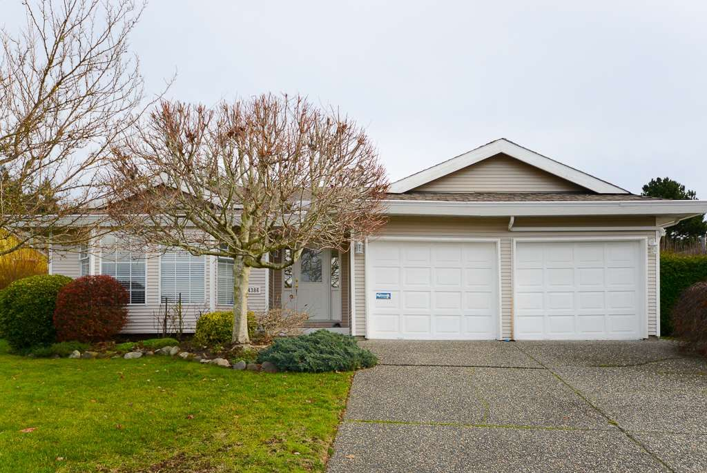 """Main Photo: 14386 19 Avenue in Surrey: Sunnyside Park Surrey House for sale in """"OCEAN BLUFF"""" (South Surrey White Rock)  : MLS®# R2522318"""