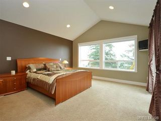 Photo 10: 2121 Quails Run in VICTORIA: La Bear Mountain House for sale (Langford)  : MLS®# 753114