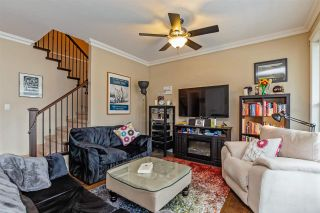 """Photo 6: 34745 3RD Avenue in Abbotsford: Poplar House for sale in """"HUNTINGDON VILLAGE"""" : MLS®# R2580704"""