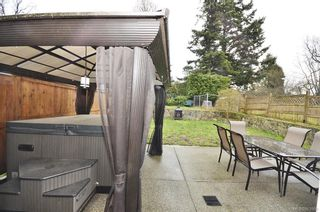 Photo 20: 653 Grenville Ave in : Es Rockheights Half Duplex for sale (Esquimalt)  : MLS®# 663980