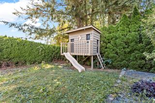 Photo 5: 10042 FAIRBANKS Crescent in Chilliwack: Fairfield Island House for sale : MLS®# R2616216