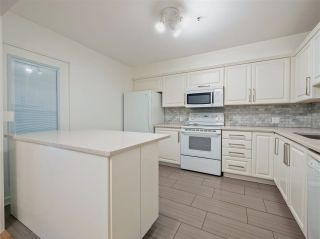 Photo 10: 106 3788 W 8TH AVENUE in Vancouver: Point Grey Condo for sale (Vancouver West)  : MLS®# R2470249