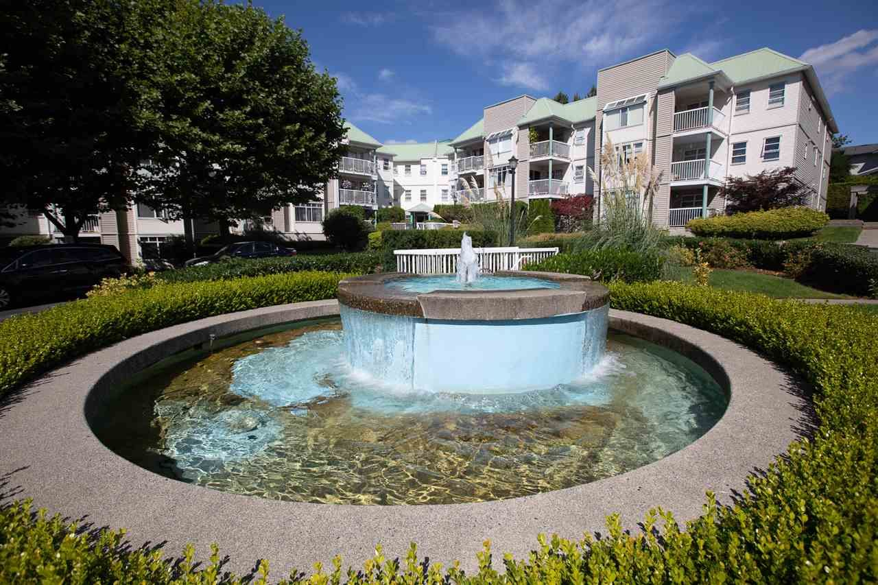 """Main Photo: 216 9765 140 Street in Surrey: Whalley Condo for sale in """"Fraser Gate"""" (North Surrey)  : MLS®# R2488767"""