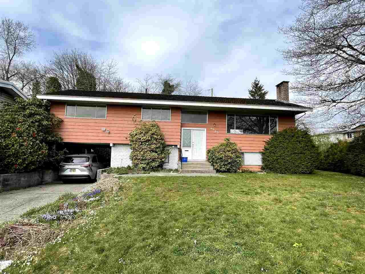 Main Photo: 6905 HYCREST Drive in Burnaby: Montecito House for sale (Burnaby North)  : MLS®# R2561018