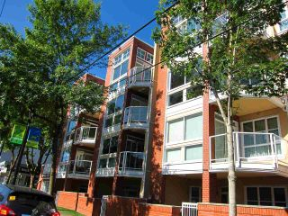 """Photo 2: 307 3621 W 26TH Avenue in Vancouver: Dunbar Condo for sale in """"Dunbar House"""" (Vancouver West)  : MLS®# R2390860"""