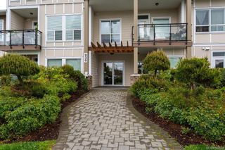 Photo 2: 104 938 Dunford Ave in VICTORIA: La Langford Proper Condo for sale (Langford)  : MLS®# 785725